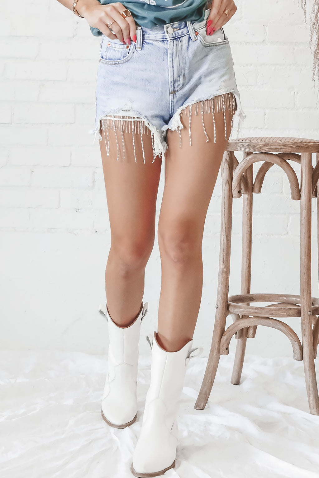 Angel Eyes Denim Chain Cut Off Shorts