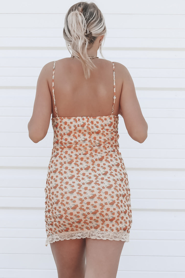 MOTEL Coti Bodycon Dress In Summer Bloom