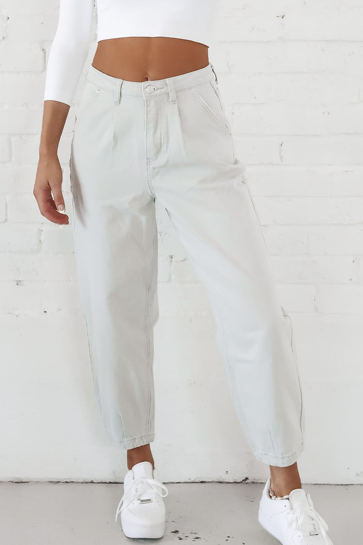 Do My Own Thing Slouchy Denim Pants