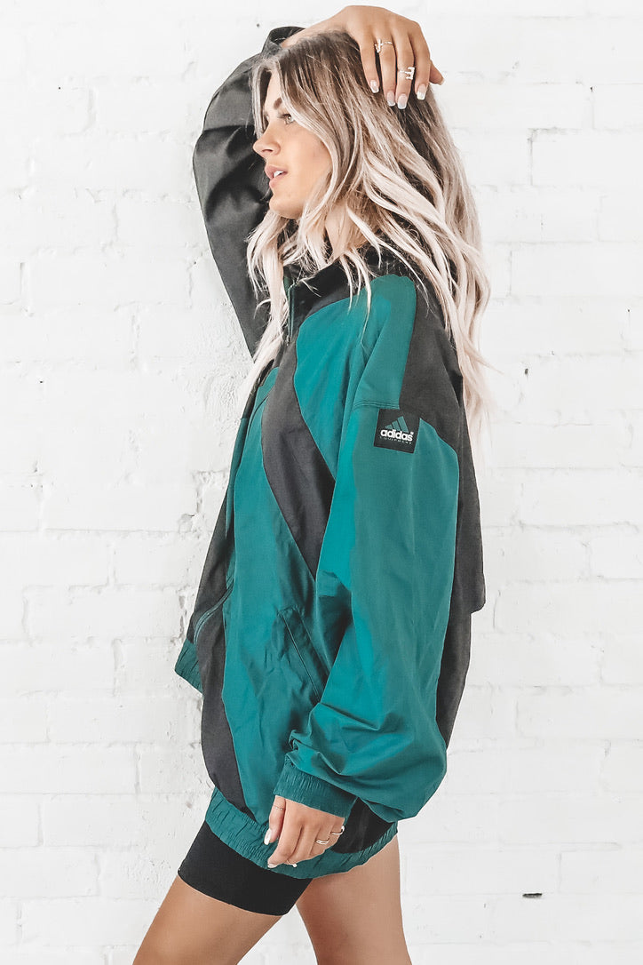VINTAGE 90's Green And Black Color Block Adidas Windbreaker 135