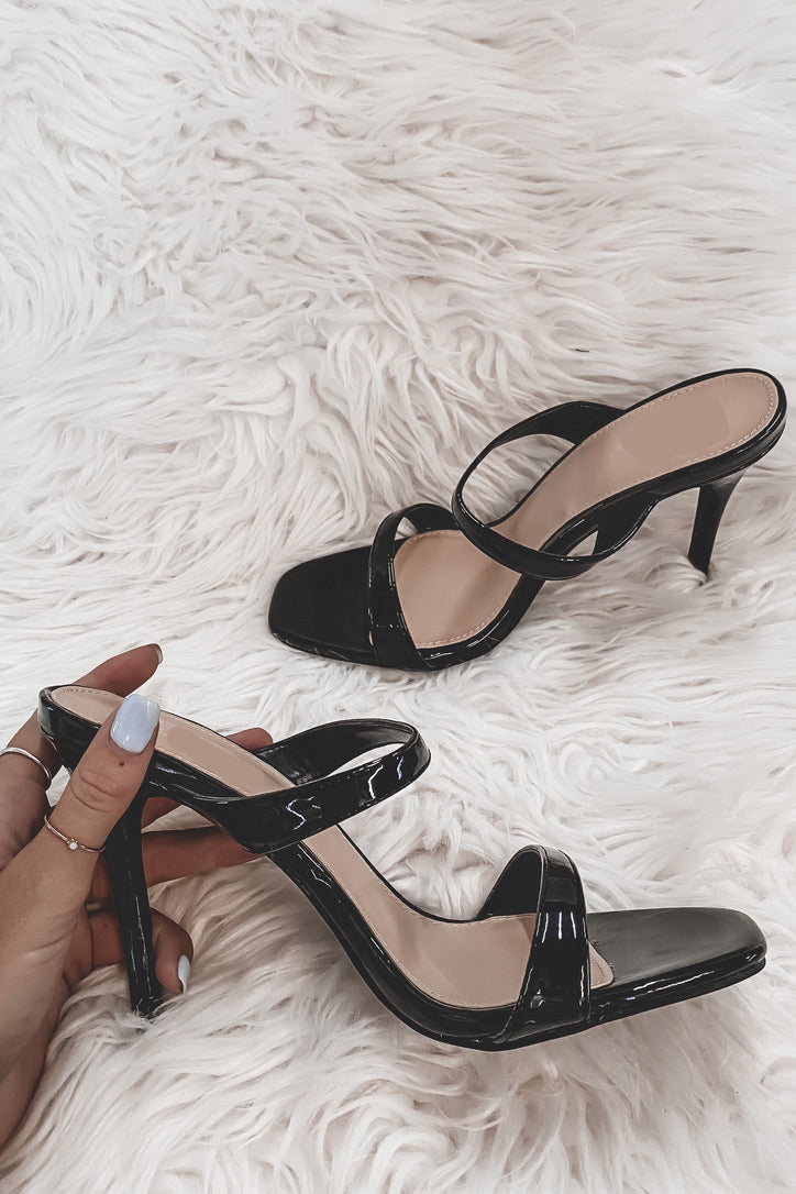 Flare For Dramatics Black Heels