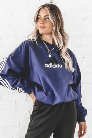 VINTAGE 90's Navy And White Adidas Pullover Windbreaker 143