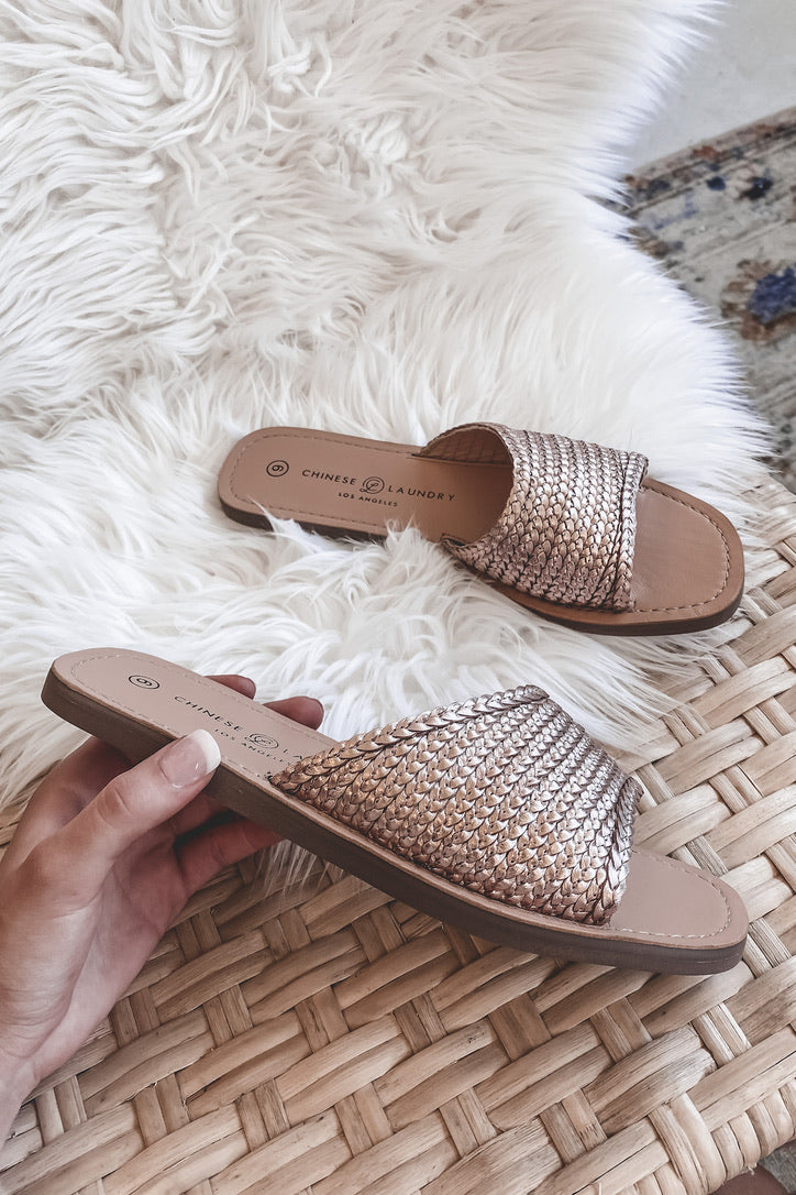 CHINESE LAUNDRY Moonshine Woven Rose Gold Sandal