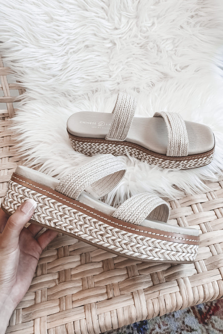 CHINESE LAUNDRY Zion Cream Platform Sandals