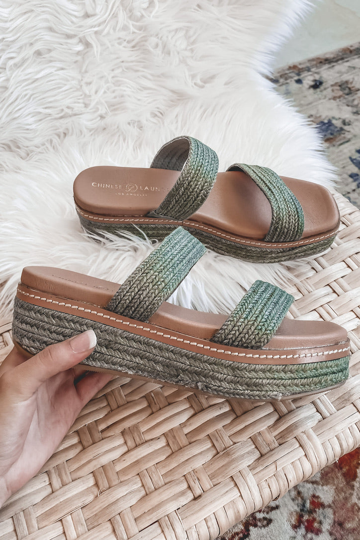 CHINESE LAUNDRY Zion Green Platform Sandals