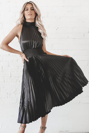 Notice Me Pleated Black Smock Detail Dress
