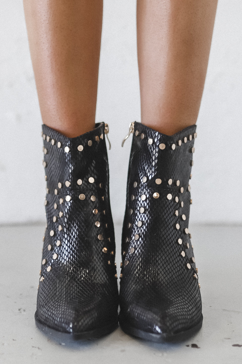 Pointing Fingers Black Snake Studded Booties