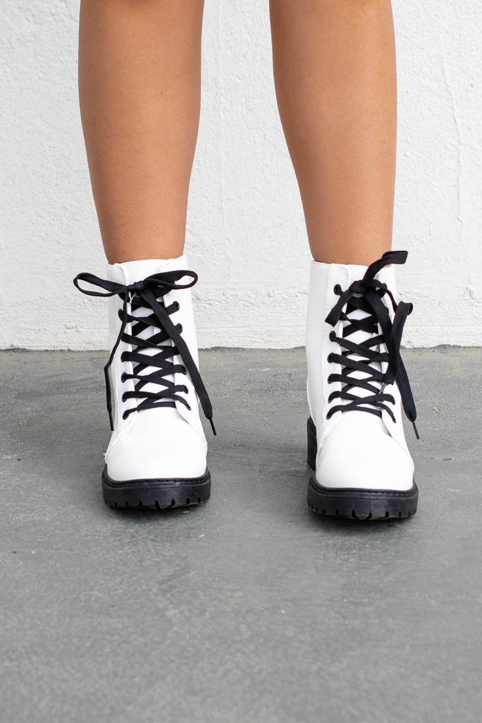 Long Beach White Lace Up Boots