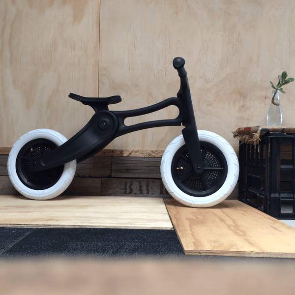 Wishbone Bike - Recycled Edition - Balance bike - Bmini | Design for Kids