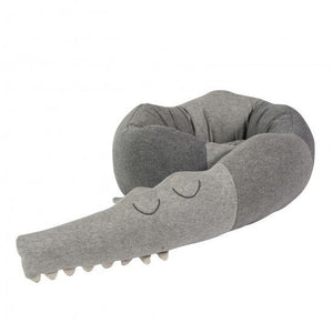 Sebra - Knitted cushion - Sleepy Croc - grey - Cushion - Bmini | Design for Kids