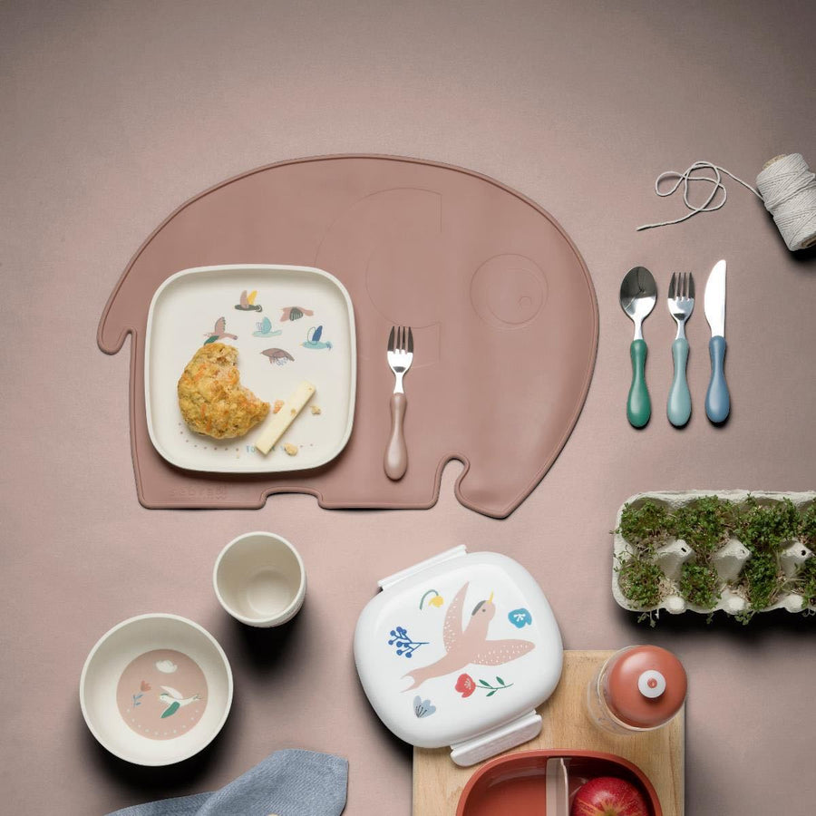 Sebra - Silicone placemat - Fanto the elephant - Midnight plum - Eat - Bmini | Design for Kids