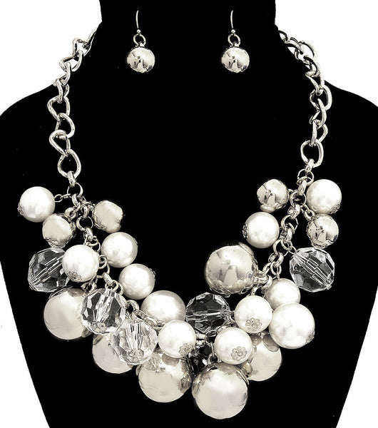 Chunky Pearls and Balls Necklace Set