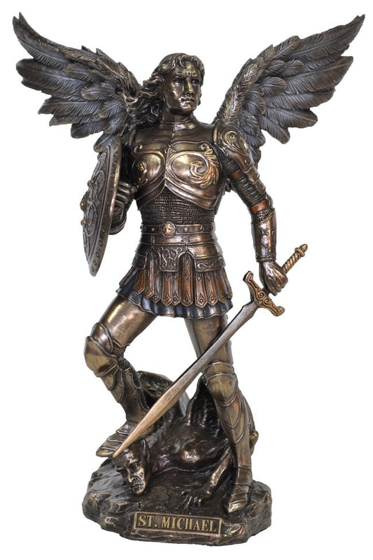 Angel Michael in cast resin coated with Bronze in a special process.  Fantastic details in these replicas of famous statues.  Weight  1 Kg,  23cm(H) x 15cm(W) x 8cm(D)