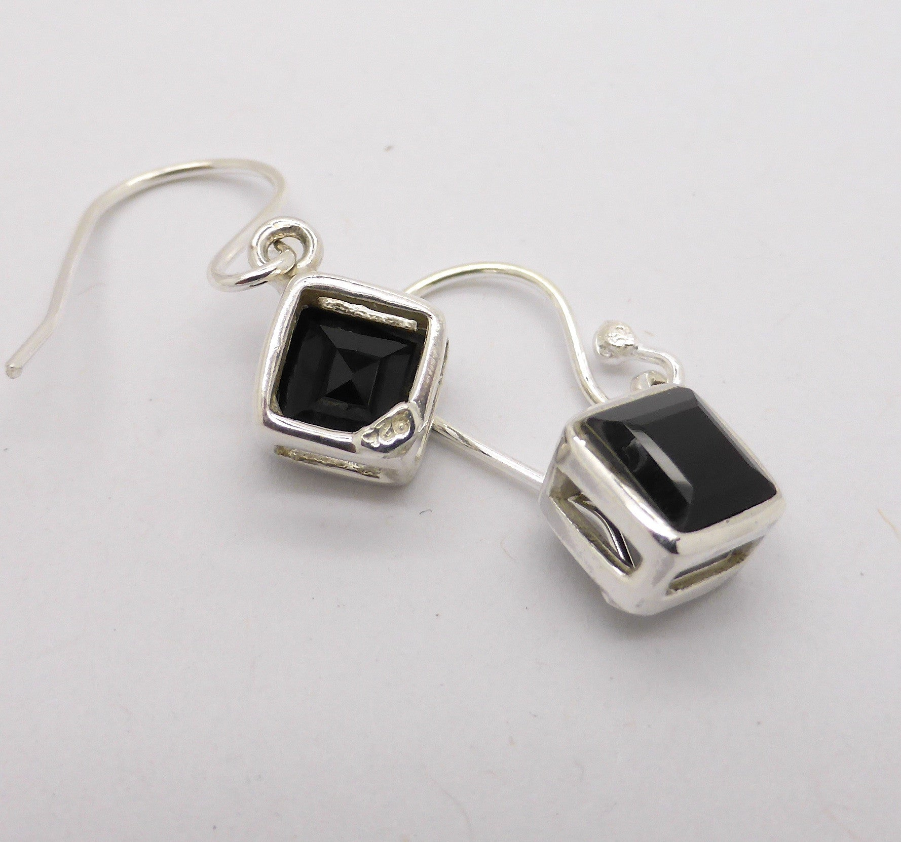 Earring Onyx Diamond Silver