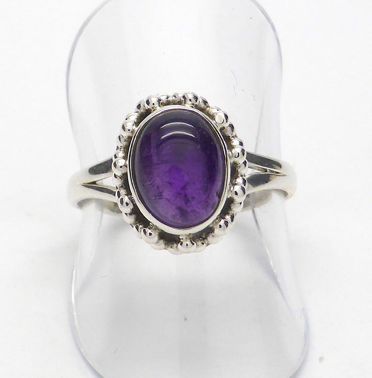 Amethyst Ring | Cabochon Oval RC