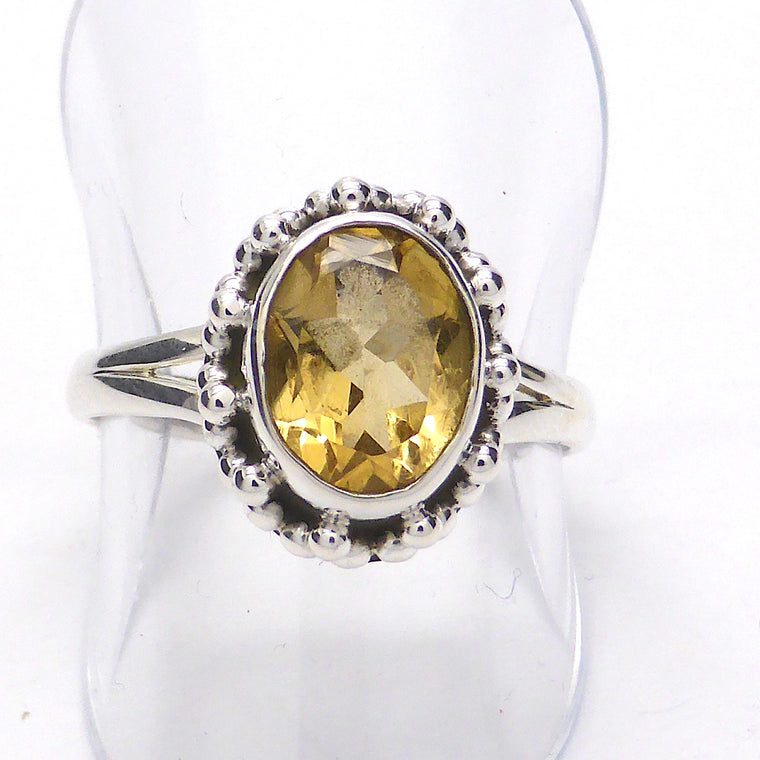 Citrine Ring, Faceted Oval, 925 Silver, kc