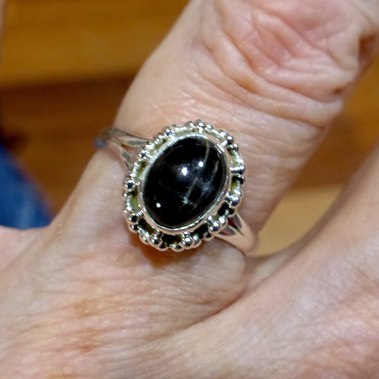 Black Star Sapphire Ring, Cabochon Oval, 925 Silver, KS