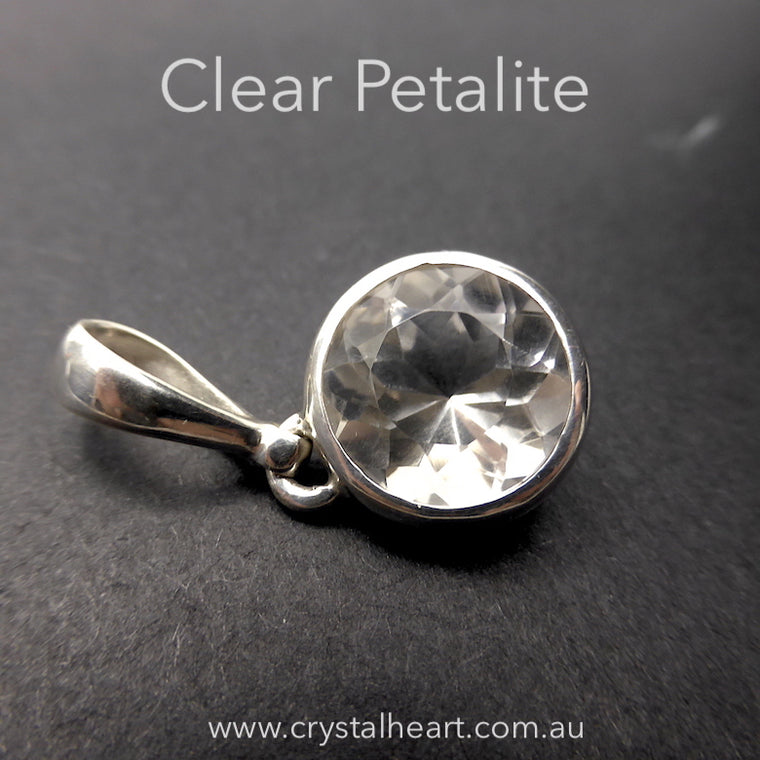 Petalite Pendant Clear Faceted Round, 925 silver kt1