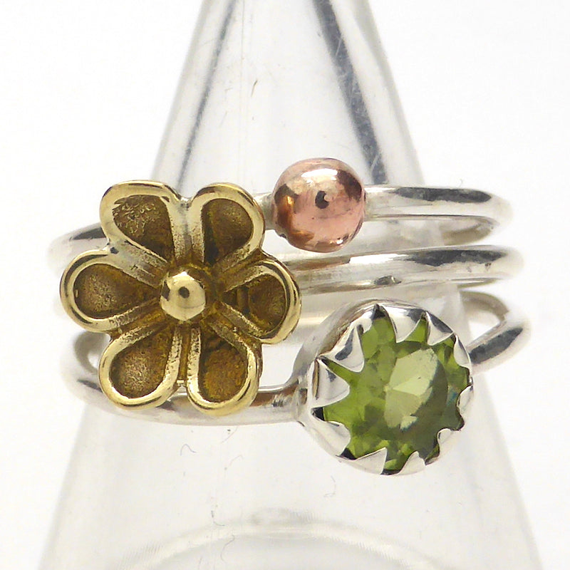 Peridot Gemstone Ring | Round Faceted Stone | 925 Silver with Gold Flower | US Size 7 or 8 | Olivine | Leo Virgo Sagittarius | Crystal Heart Melbourne Australia since 1986