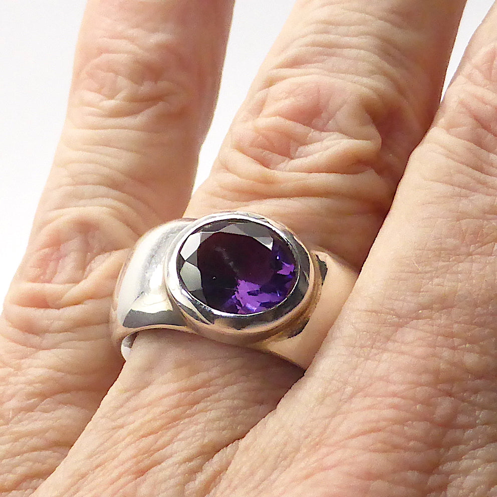 Genuine Brazilian Amethyst Faceted Oval | 925 Sterling Silver | Heavy Silver | Masculine  Ancient Rome | Size 7 | 8.5 | 9  | Crystal Heart Melbourne 1986