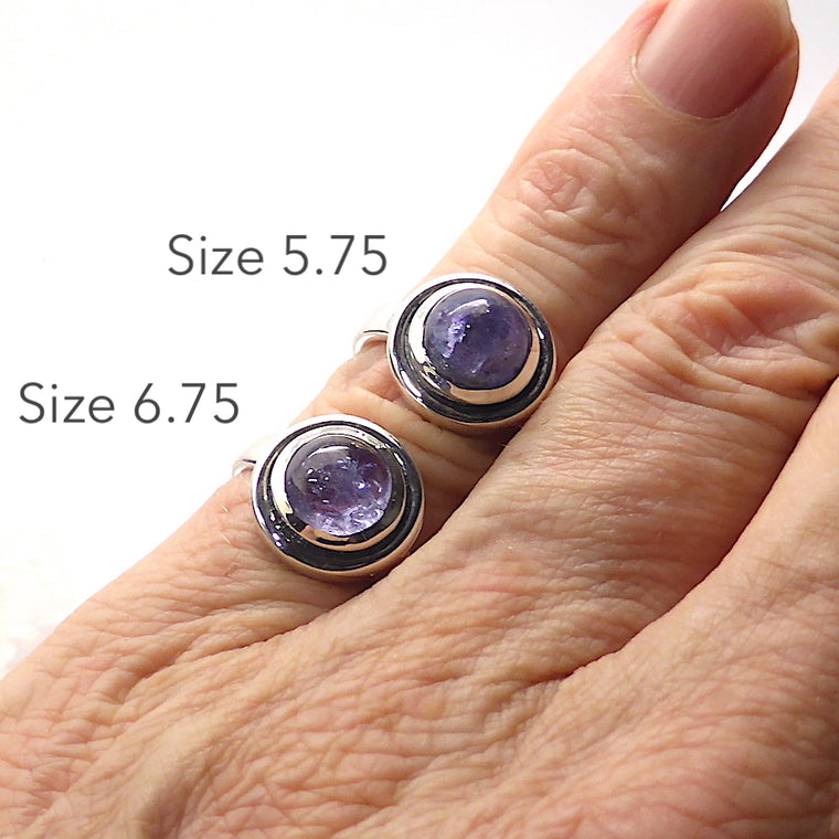 Tanzanite Ring | Cabochon Round | 925 Silver IJ