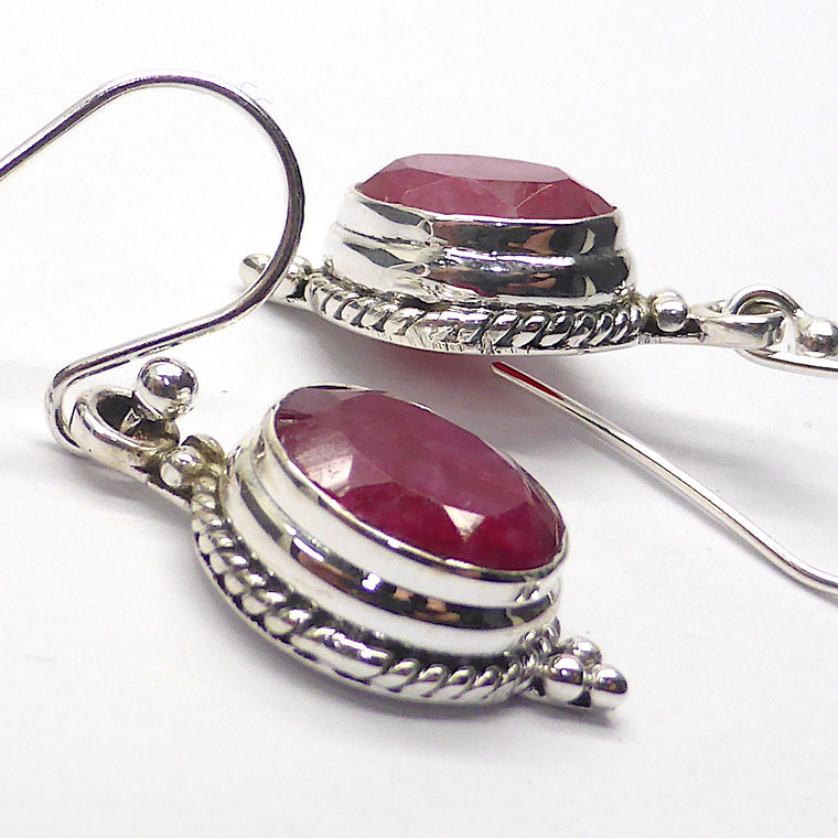 Ruby Earring, Faceted Oval, 925 Silver k2