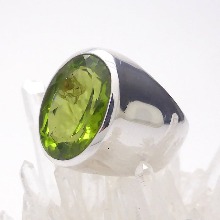 Peridot Gemstone Ring | Faceted Oval | 925 Sterling Silver | US Size 6.5 | Olivine | Leo Virgo Sagittarius | Crystal Heart Melbourne Australia since 1986