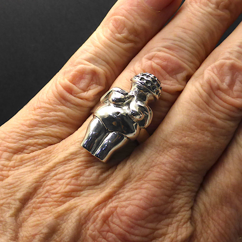 KT Venus of Willendorf Pendant and Ring, small | 925 Silver