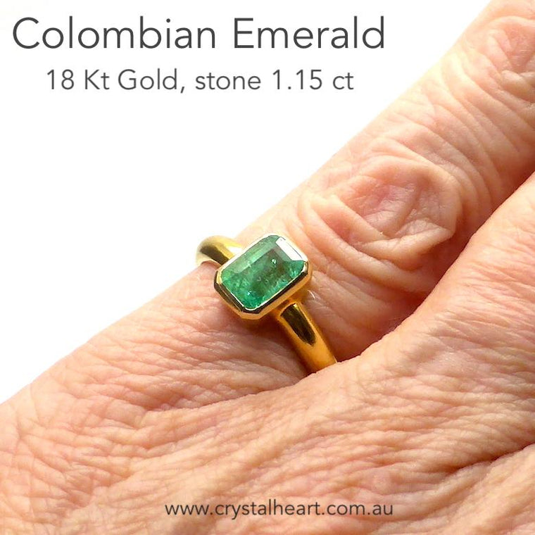 Colombian Emerald Ring, 18 Kt Gold, mk4