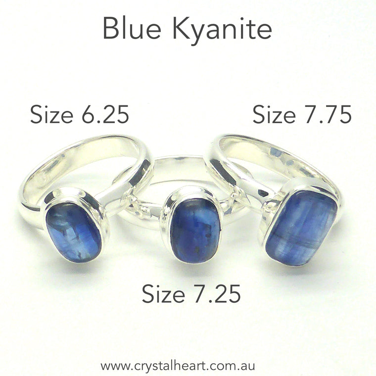 Blue Kyanite Ring, Small Cabochon, 925 Silver r1