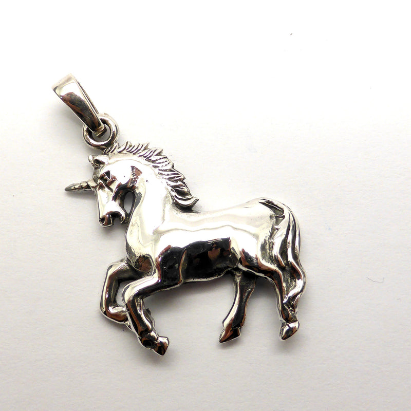 Beautifully detailed Unicorn Silver Pendant Lion Witch Wardrobe australian supplier