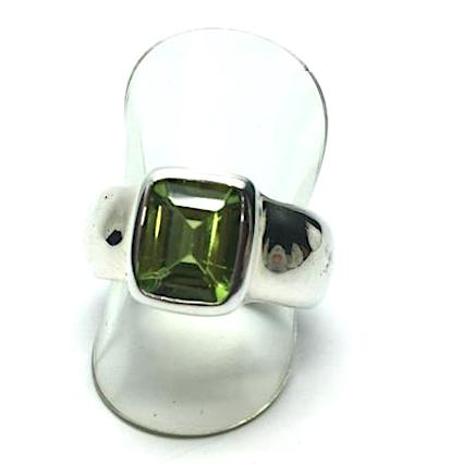 Peridot Ring, Faceted square, 925 Silver