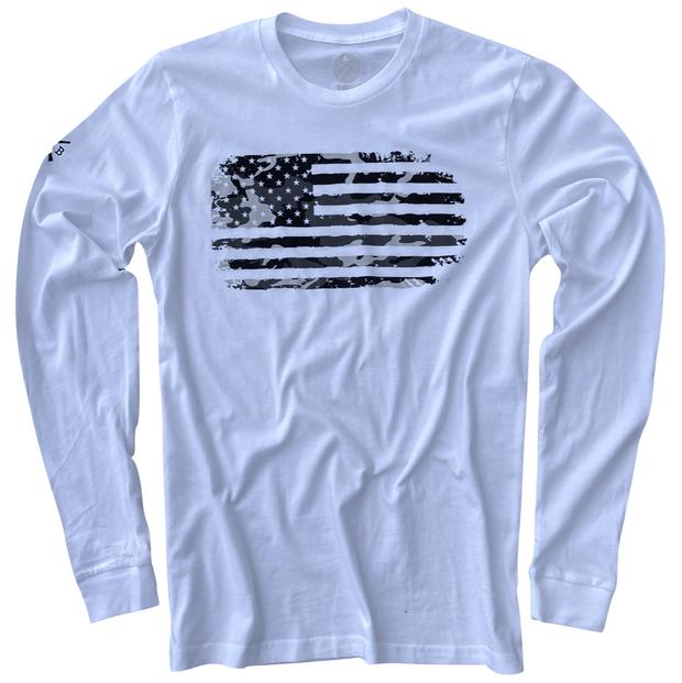 Men's Vintage Woodland Camo American Flag Patriotic Long Sleeve T-Shirt (White)