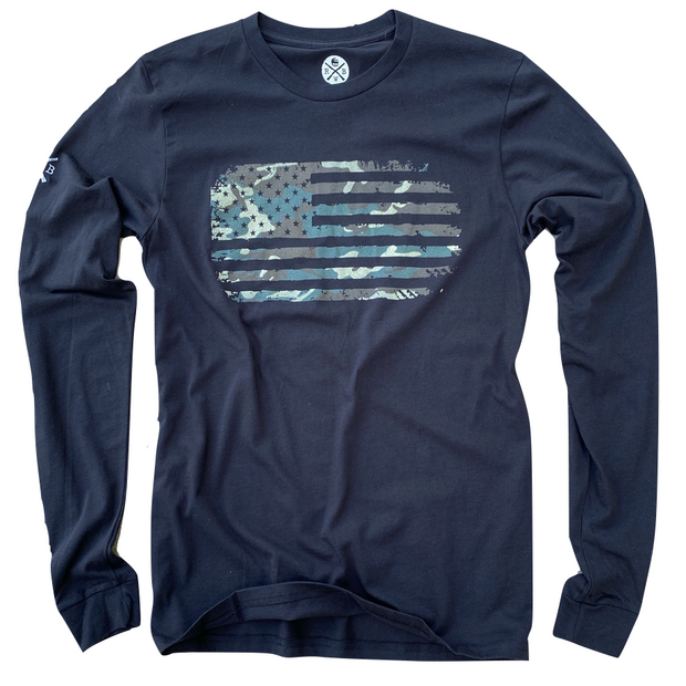 Men's Vintage Woodland Camo American Flag Patriotic Long Sleeve T-Shirt (Black)