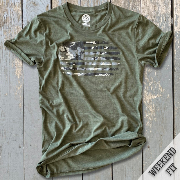 Women's Camo American Flag Weekend Fit T-Shirt