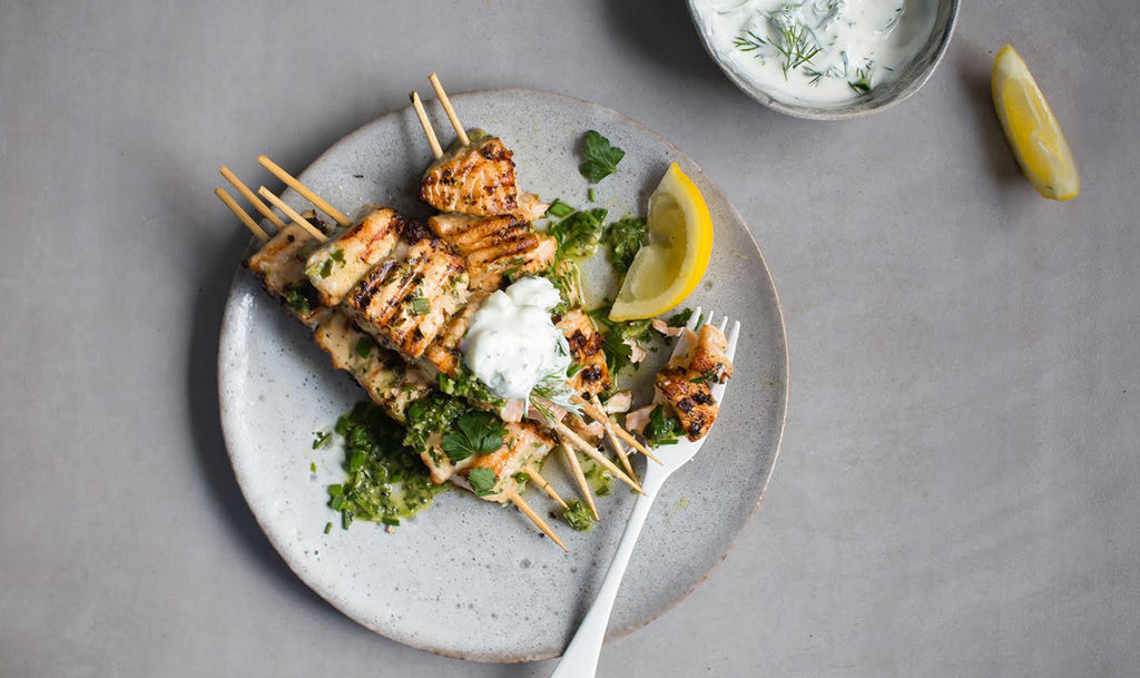 Salmon skewers with parsley pistou