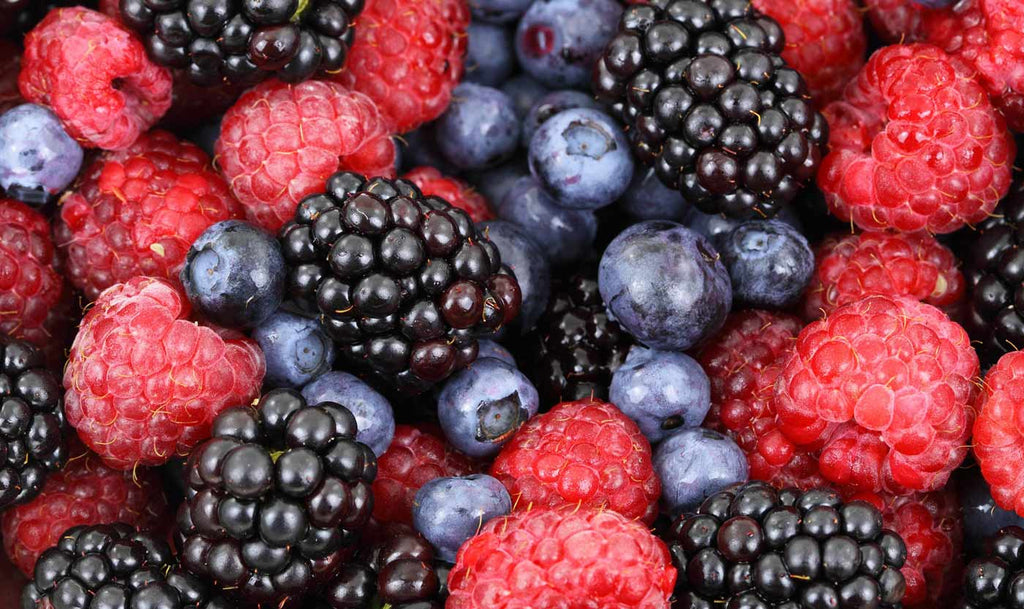 bare-biology-fitness-fit-food-anti-inflammatory-smoothie-for-joint-pain-berries