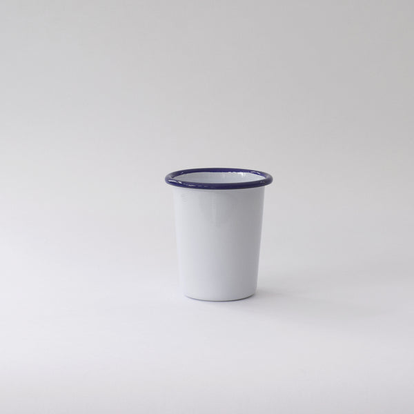 Traditional enamel tumbler by Munder enamel
