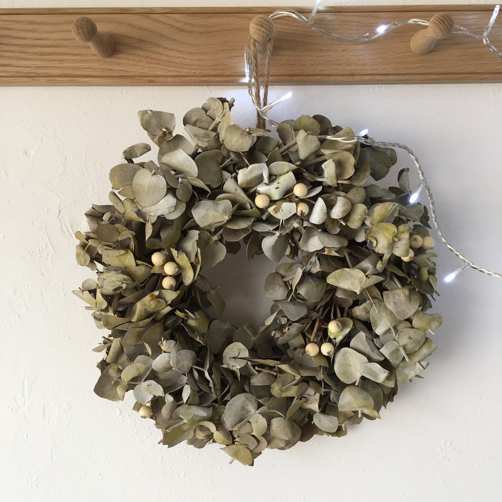 White Berry Christmas Wreath