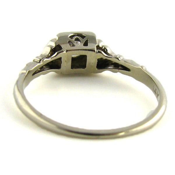 Art Deco Ring in 14K White Gold