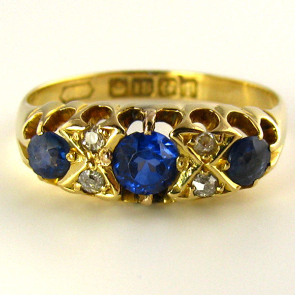 Edwardian Sapphire and Diamond Ring in 18K Yellow Gold