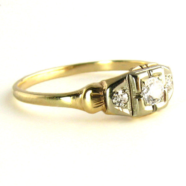 Two Tone Gold: Art Deco Diamond Ring Side