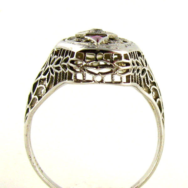 Art Deco Ring: Diamond & 18K White Gold Filigree Ring Side2