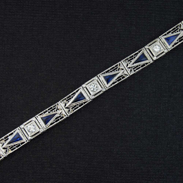 Art Deco Filigree Bracelet with Diamonds and Blue Sapphires in White Gold