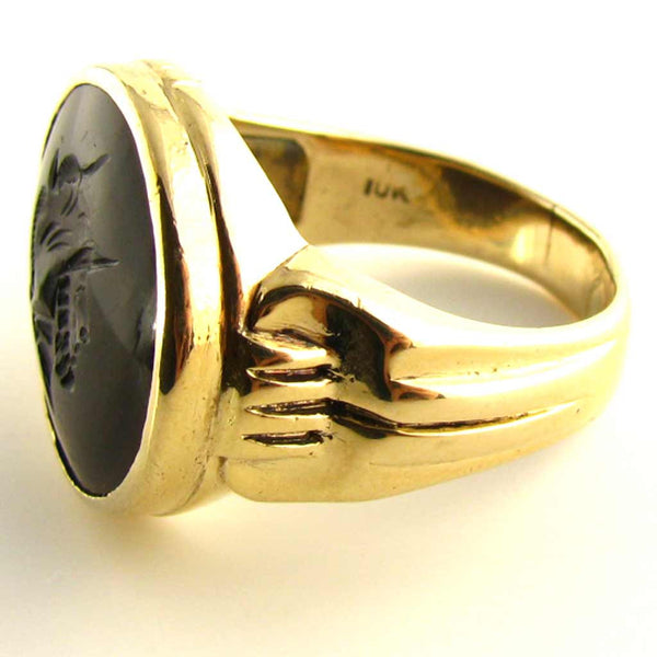 Vintage Mens Centurion - Roman Soldier Intaglio Ring in Sardonyx and 10K Yellow Gold Mark