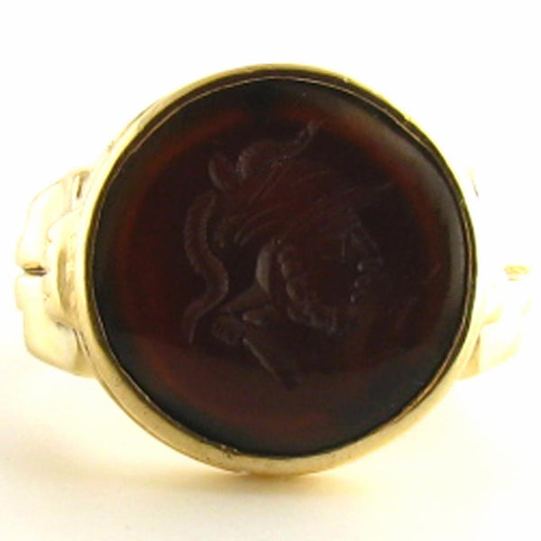 Vintage Mens Centurion - Roman Soldier Intaglio Ring in Sardonyx and 10K Yellow Gold Front