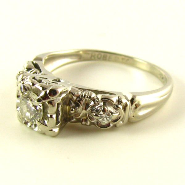 Engagement Ring: Illusion Diamond Ring in White Gold