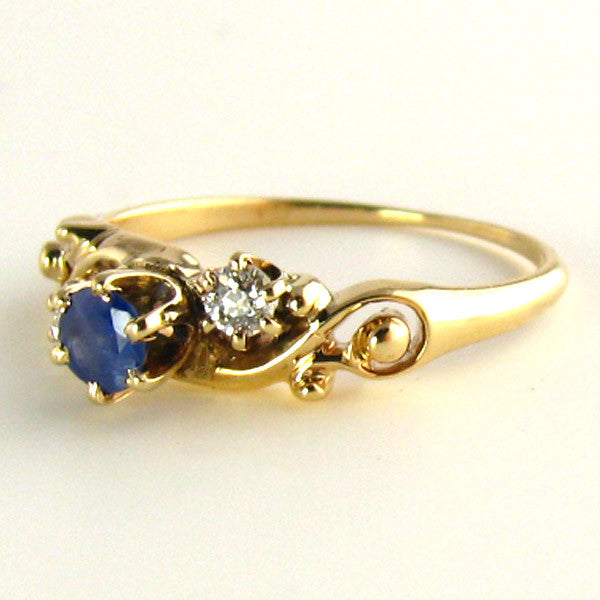 Edwardian Natural Sapphire and Old Mind Diamond Ring Side