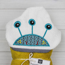 Load image into Gallery viewer, Hooded Towel | Monster -3 Eyed