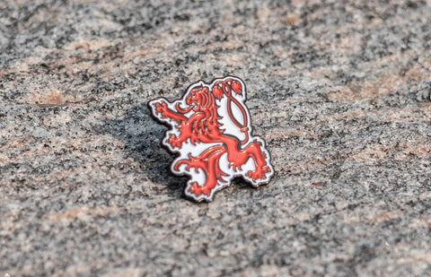 "Waldo Lapel Pin (1"", Red)"